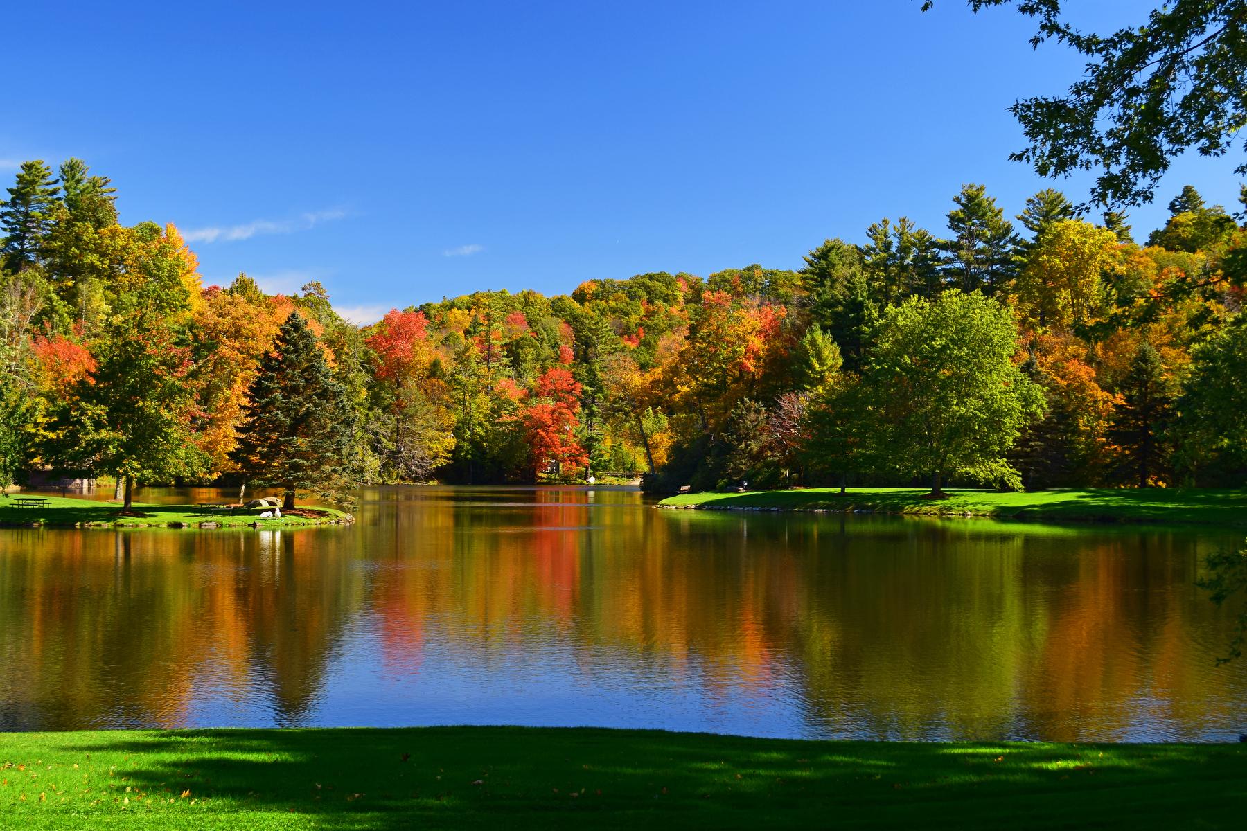 lake at fall